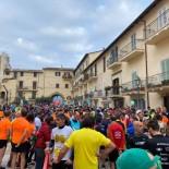 Tra migliaia di runners Calcaterra vince la Maratona Maga Circe. Tanti i complimenti all'organizzazione